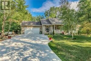 8688 TIMBERWOOD TRAIL Lambton Shores, Ontario