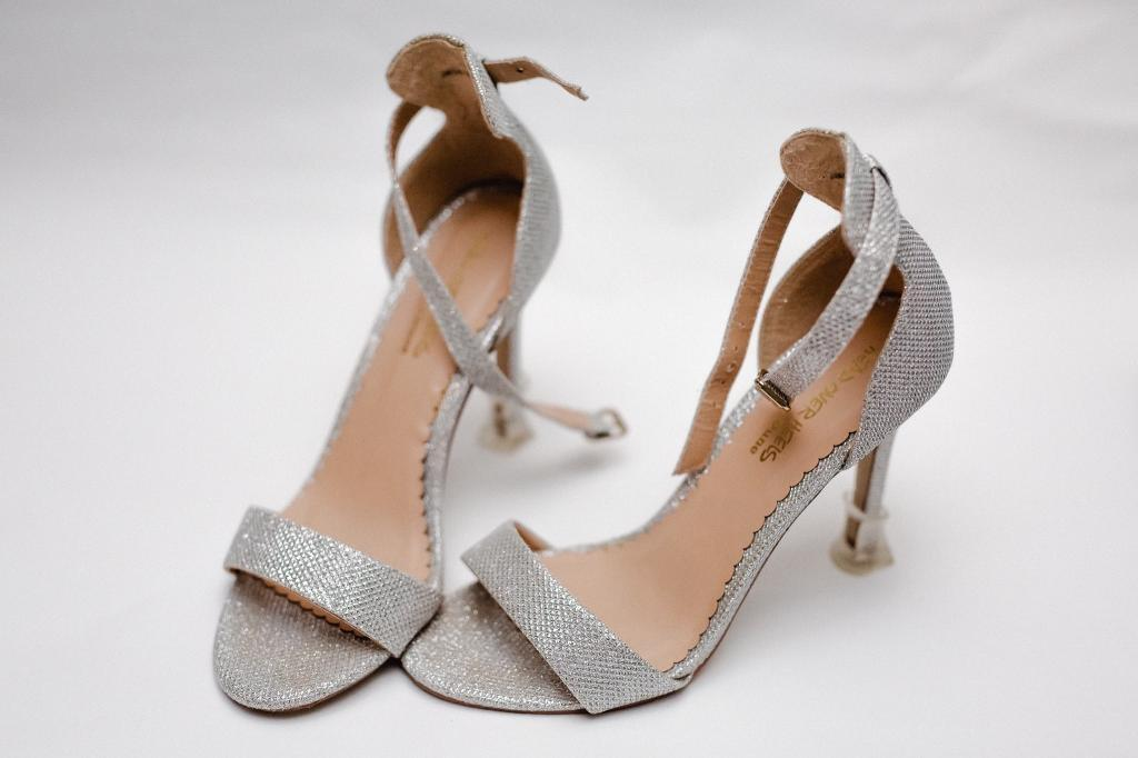 28d4302a9093 £7 Dune Glitter Heels with Box Size 5 38