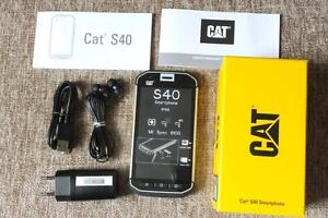 UNLOCKED CONSTRUCTION PHONE CAT S40 BRAND NEW