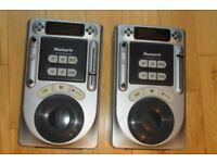 2 x DJ Numark AXIS4 Professional CD Players