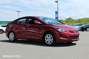 2016 Hyundai Elantra GL! Heated Seats! Warranty! $102 BI-WEEKLY!