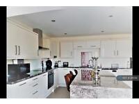 2 bedroom flat in Wellington House, Ramsey, IM8 (2 bed)