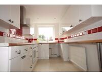 Amazing spacious two bedroom first floor flat in Barkingside, IG6