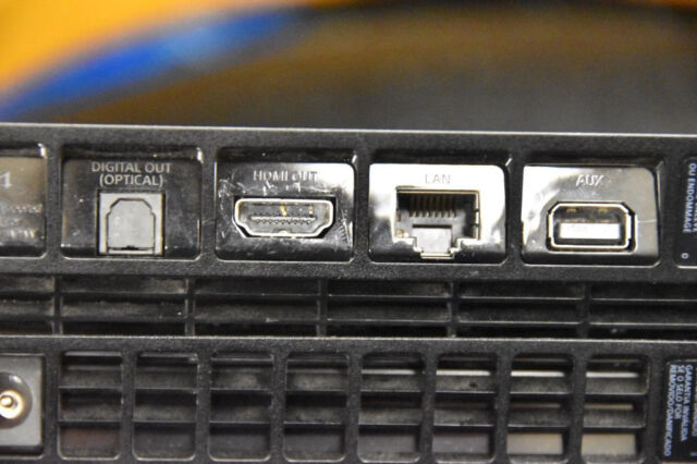 PS4 with broken HDMI port (going cheap - easy fix)   in Liskeard, Cornwall    Gumtree