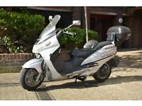 Suzuki Burgman 400 Maxi scooter motorcycle bike year 2000