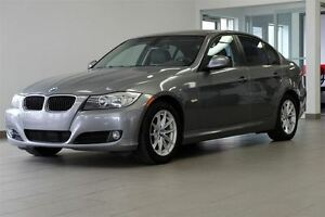 2010 BMW 3 Series 323i CUIR TOIT MAGS