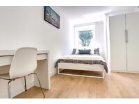 Large double available in newly refurbished 4 bed flat near Tower Bridge