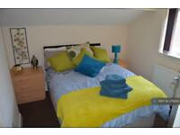 1 bedroom flat in Studio 2A, Newcastle U Lyme, ST5 (1 bed)