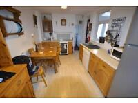 6 bedroom house in Flora Street, Cathays, Cardiff