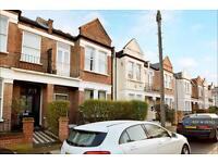 2 bedroom flat in Finlay Street, London, SW6 (2 bed)