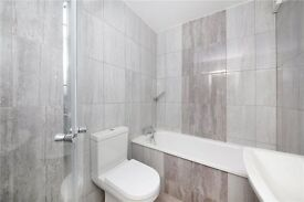 STUNNING 1 bed mordern newly furbished flat HIGH SPAC bathroom with SPACIOUS bedroom BILLS INCLUDED