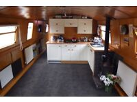 Perfect Widebeam barge for liveaboard cruising in London