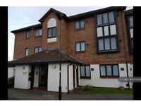 1 bedroom flat in Berry Court, Hounslow, TW4 (1 bed) (#1074226)