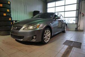 2013 Lexus IS 250 AWD TOIT, CUIR, MAGS, JAMAIS ACCIDENTÉ