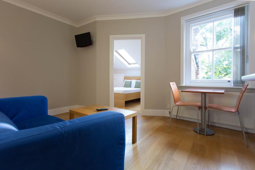 1 bedroom flat in West End Lane, West Hampstead