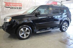 2015 Honda Pilot SE AWD 8 places + TV/DVD
