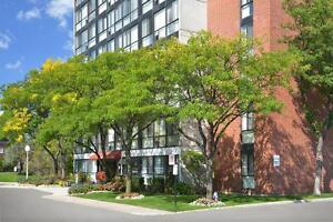 Beautiful Lakeside One Bedroom Apartment in Mississauga