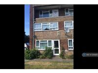 2 bedroom flat in Travellers Way, Hounslow, TW4 (2 bed)