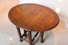 REDUCED - Oak dining table, vintage/antique