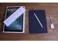 IPad Pro 10.5 256GB + Apple Pencil + Smart Cover + SD Card adapter