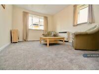 1 bedroom flat in Harrier Way, London, E6 (1 bed) (#1162578)