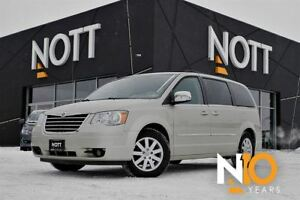 2010 Chrysler Town & Country Touring *DVD*Backup Cam*Sunroof*Sto