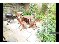 3 bedroom house in Dundee Road, London, E13 (3 bed)
