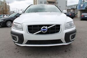 2010 Volvo XC70 WGN, T6 - one owner car, LEATHER STEERING WHEEL,