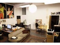 2 Large desk spaces available in Hackney Downs Studios - £200/213 per month all inclusive