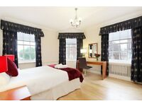 Four bedroom apartment close to Hyde Park