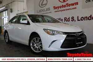 2015 Toyota Camry LE POWER SEAT & BACKUP CAMERA