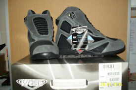 LADIES WEISE ANKLE BOOTS EU 38 ONLY
