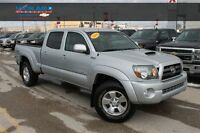 2010 Toyota Tacoma V6 *LOW KMS*