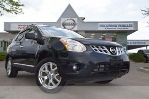 2012 Nissan Rogue SV *Heated seats,Rear view monitor,Bluetooth*