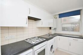 1 bedroom flat in Pyramid House, 952 High Road, North Finchley, N12