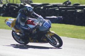 Yamaha R6 race bikes