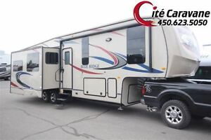 2011 Forest River Blue ridge 3025RL 3 extensions  Fifth-wheel Su