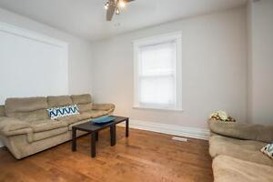 Great Downtown Location 5 Bedroom Student House London Ontario image 4