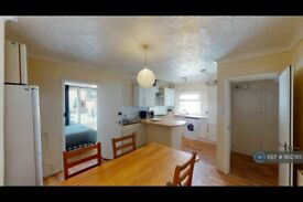6 bedroom house in Coldean Lane, Brighton, BN1 (6 bed) (#1102765)