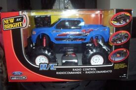 radio control truck 6v blue/red 8+ bnib approx 18in x12in.BNIB