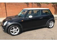 AUTOMATIC MINI COOPER SUPER LOW MILEAGE LEATHER TRIM AIR CONDITIONING ONE YEARS MOT AUTO MINI COOPER