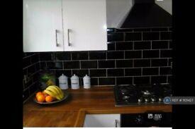 1 bedroom flat in Bravington Road, London, W9 (1 bed) (#1101427)