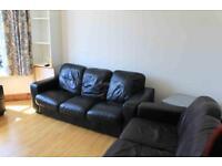 4 bedroom flat in Crwys Road, Cardiff, CF24 4NQ