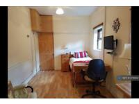 Studio flat in Oakhill, Stoke On Trent, ST4