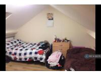 7 bedroom house in Beaconsfield Road, Southall, UB1 (7 bed)