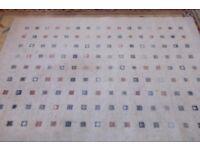 Neutral colour 100% wool rug 140 cm x 185 cm
