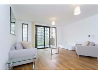 LUXURY FURNISHED 2 BED 2 BATH FLAT 2ND FLR, IN Waterside Park Kingfisher Heights Royal Docks E16