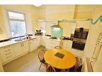 Large 6 bedroom Student house accommodation in Mutley, Plymouth Newly renovated STUDENTS ONLY