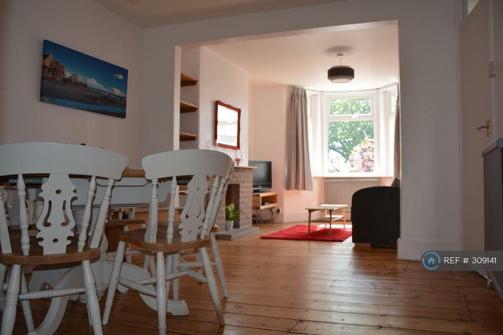 2 bedroom house in South Lawn, Sidmouth, EX10 (2 bed)