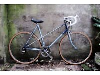 RALEIGH WISP. 22.5 inch, 57 cm. Vintage ladies womens, racer racing road bike, 10 speed
